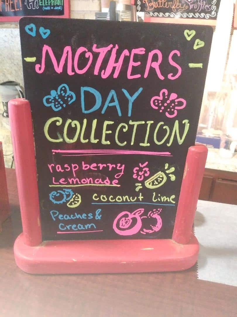 Milwaukee Seven Seat Bike Tours: Red Elephant Mother's Day Specials